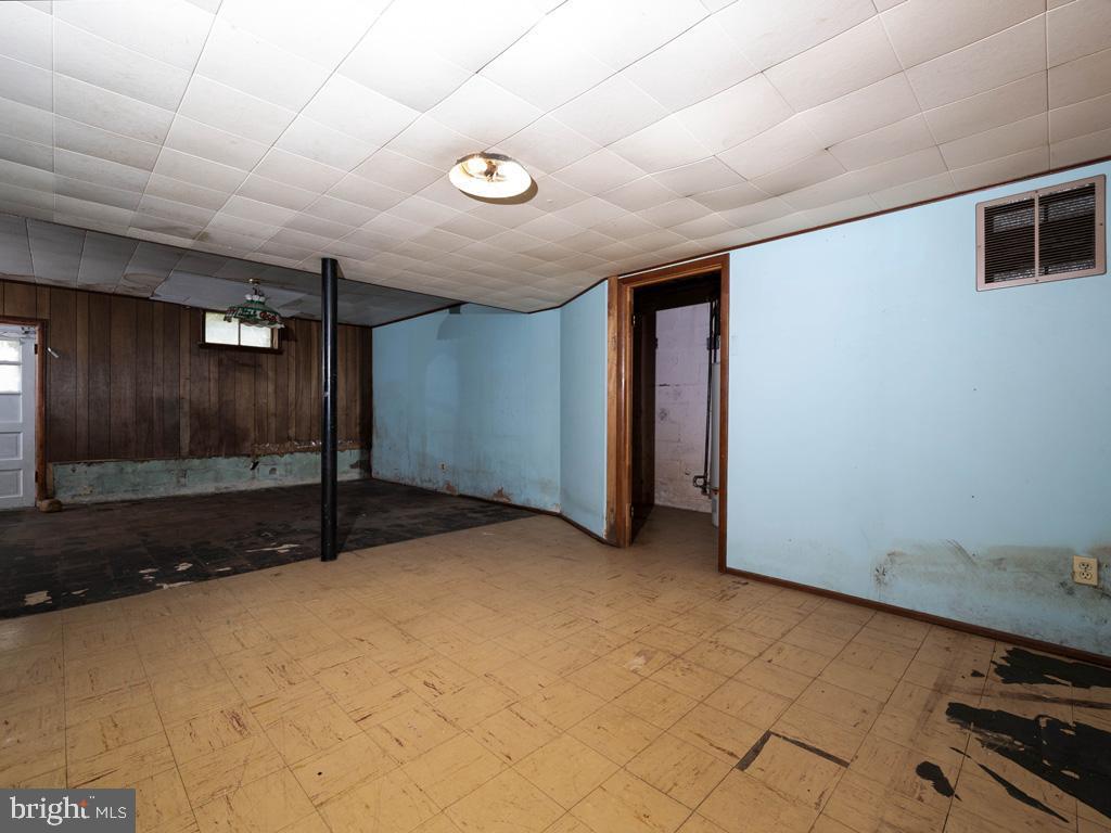 VAFX1193654-304572512891-2021-07-15-22-36-47        Falls Church Delaware Real Estate For Sale   MLS# Vafx1193654  - Best of Northern Virginia