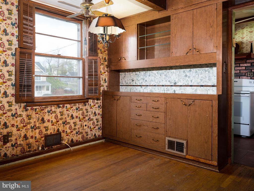 VAFX1193654-304572513472-2021-07-15-22-36-48        Falls Church Delaware Real Estate For Sale   MLS# Vafx1193654  - Best of Northern Virginia