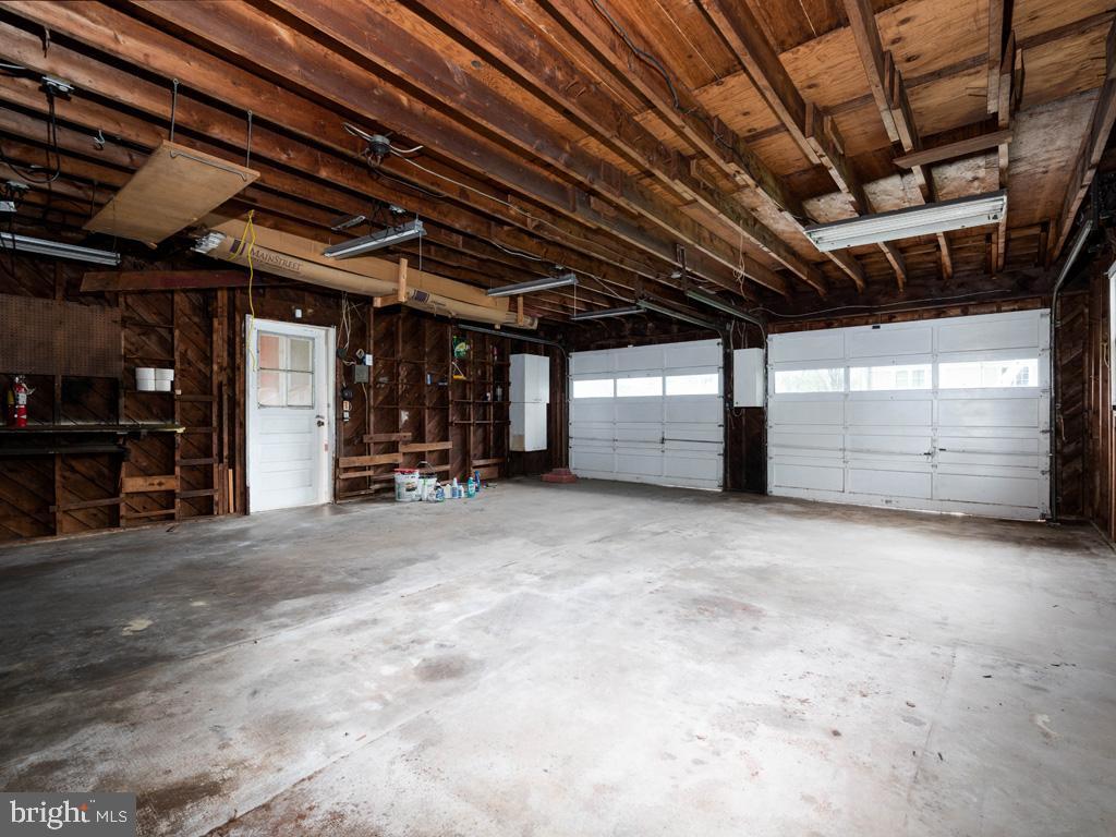 VAFX1193654-304572513513-2021-07-15-22-36-46        Falls Church Delaware Real Estate For Sale   MLS# Vafx1193654  - Best of Northern Virginia