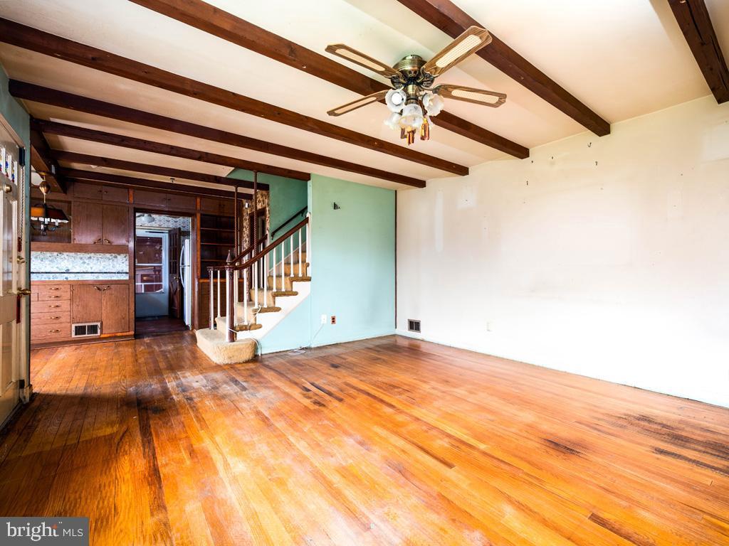 VAFX1193654-304572513565-2021-07-15-22-36-49        Falls Church Delaware Real Estate For Sale   MLS# Vafx1193654  - Best of Northern Virginia