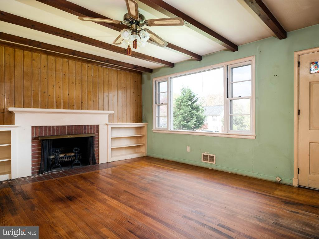 VAFX1193654-304572513574-2021-07-15-22-36-47        Falls Church Delaware Real Estate For Sale   MLS# Vafx1193654  - Best of Northern Virginia