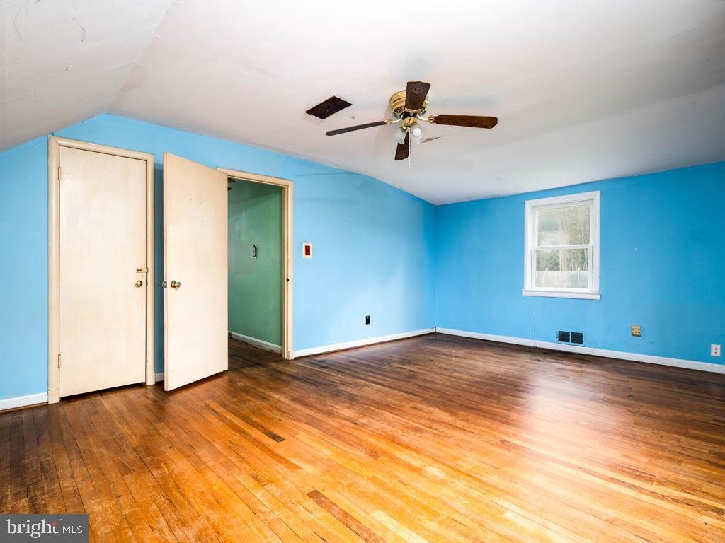 VAFX1193654-304572513619-2021-07-15-22-36-49        Falls Church Delaware Real Estate For Sale   MLS# Vafx1193654  - Best of Northern Virginia