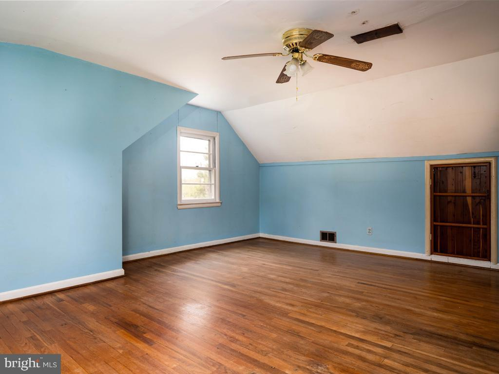 VAFX1193654-304572514445-2021-07-15-22-36-48        Falls Church Delaware Real Estate For Sale   MLS# Vafx1193654  - Best of Northern Virginia