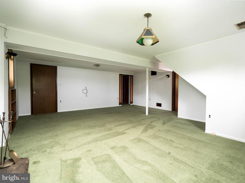 VAFX1196174-800789463320-2021-07-15-01-42-35        Alexandria Delaware Real Estate For Sale   MLS# Vafx1196174  - Best of Northern Virginia