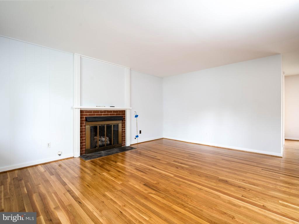 VAFX1196174-800789463966-2021-07-15-01-42-35        Alexandria Delaware Real Estate For Sale   MLS# Vafx1196174  - Best of Northern Virginia