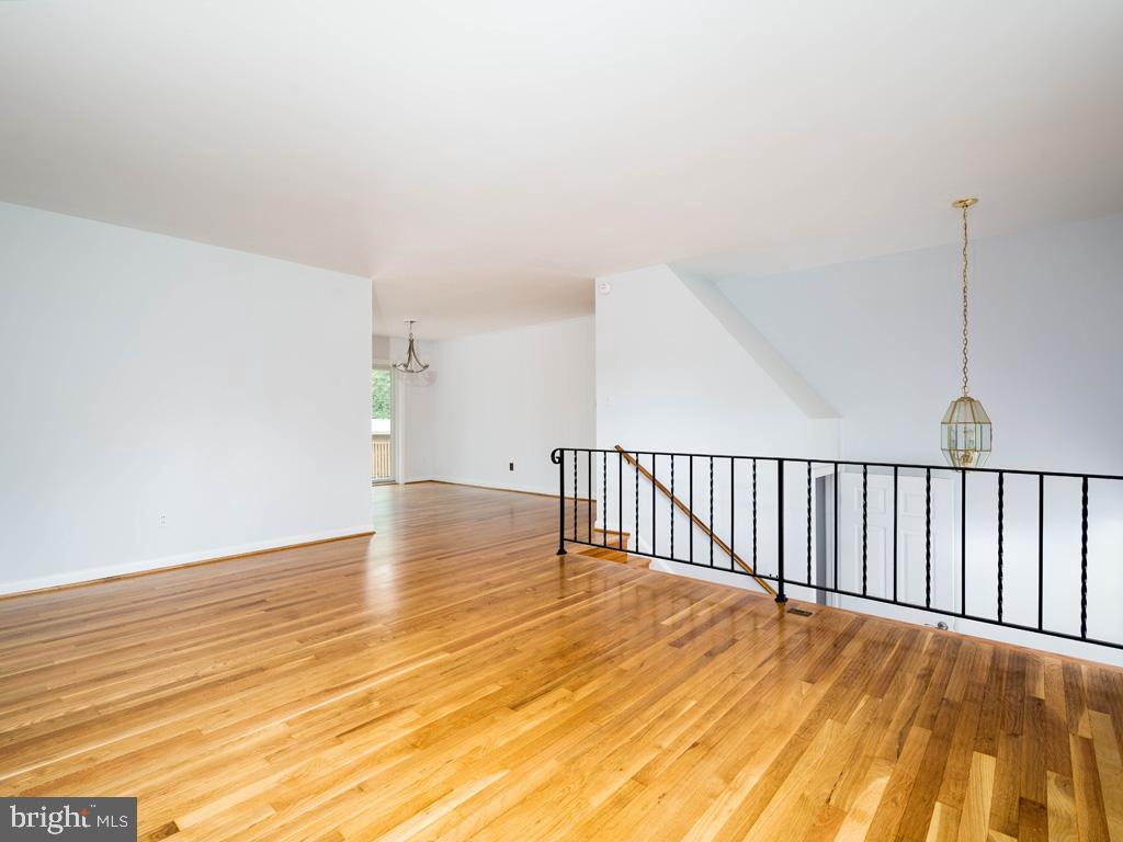 VAFX1196174-800789464012-2021-07-15-01-42-36        Alexandria Delaware Real Estate For Sale   MLS# Vafx1196174  - Best of Northern Virginia