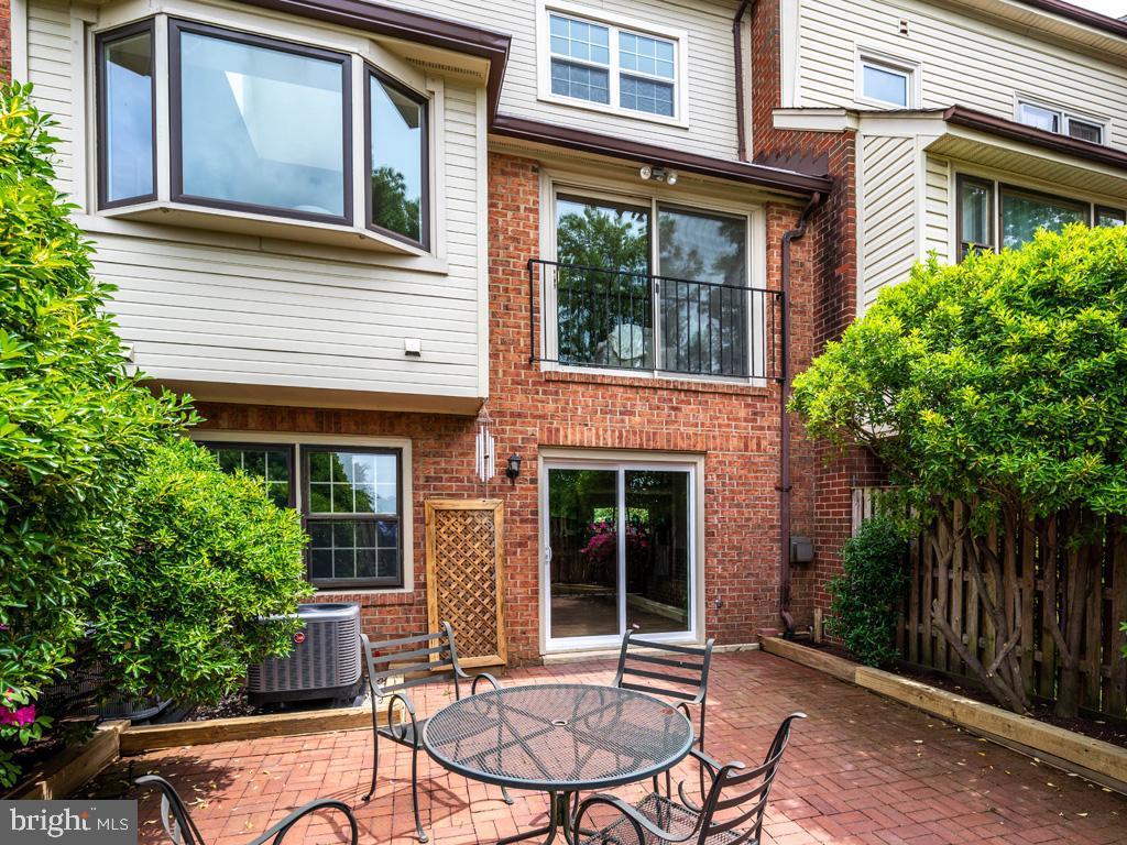 VAFX1198254-304590569365-2021-07-15-23-14-35  |   | Alexandria Delaware Real Estate For Sale | MLS# Vafx1198254  - Best of Northern Virginia