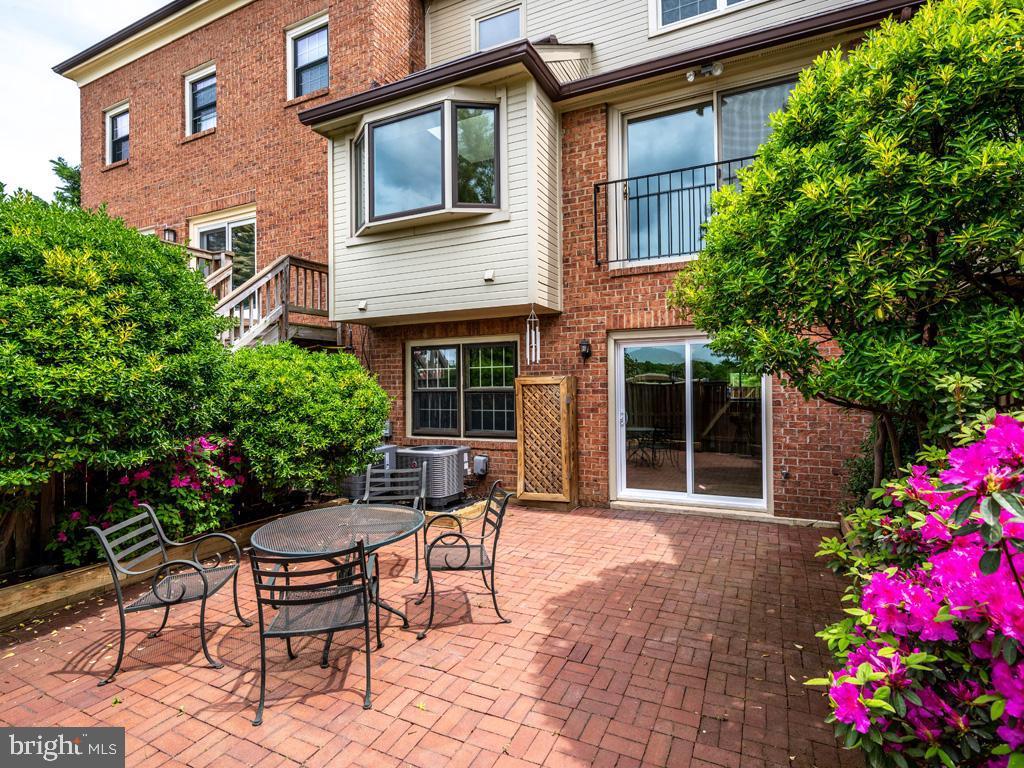 VAFX1198254-304590570531-2021-07-15-23-14-36  |   | Alexandria Delaware Real Estate For Sale | MLS# Vafx1198254  - Best of Northern Virginia