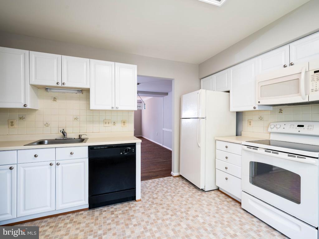 VAFX2000710-800844392844-2021-07-14-20-59-15  |   | Alexandria Delaware Real Estate For Sale | MLS# Vafx2000710  - Best of Northern Virginia