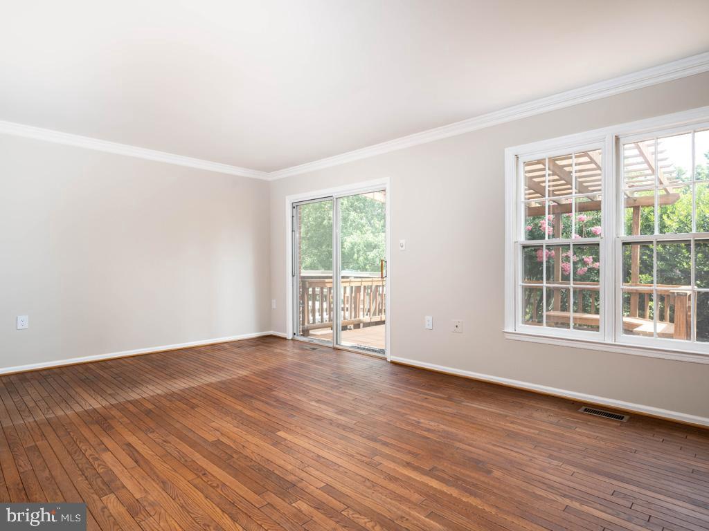 VAFX2000710-800844392906-2021-07-14-20-59-15  |   | Alexandria Delaware Real Estate For Sale | MLS# Vafx2000710  - Best of Northern Virginia