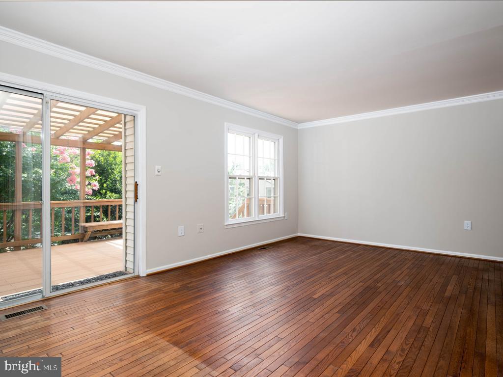 VAFX2000710-800844392952-2021-07-14-20-59-11  |   | Alexandria Delaware Real Estate For Sale | MLS# Vafx2000710  - Best of Northern Virginia