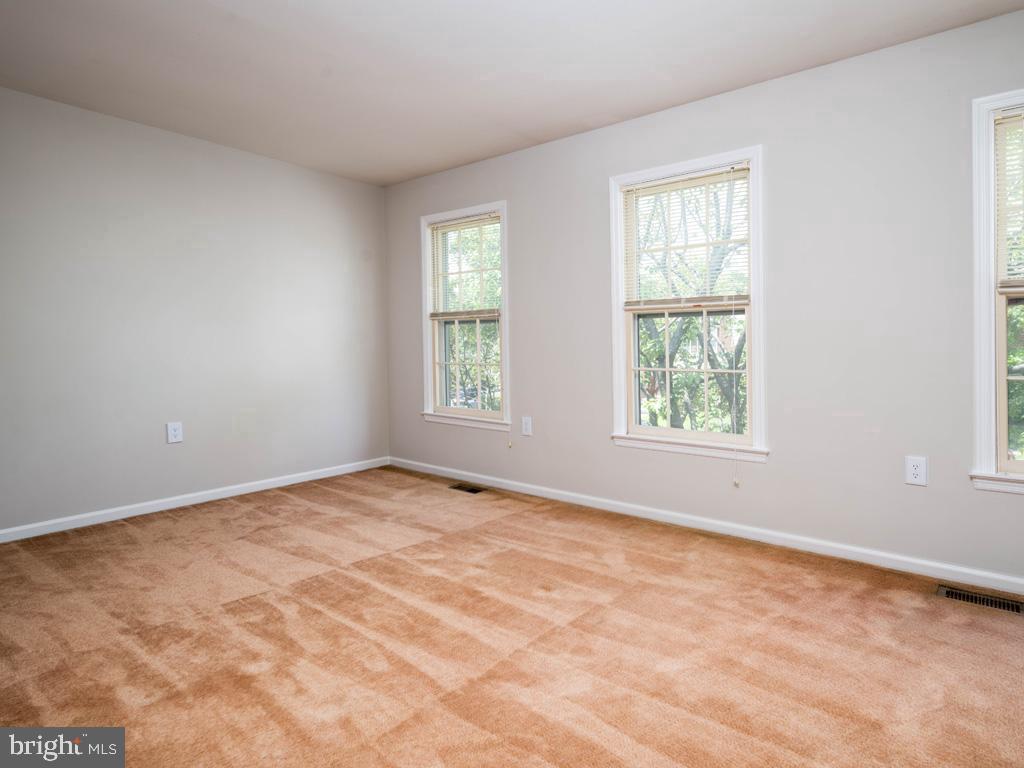 VAFX2000710-800844393030-2021-07-14-20-59-15  |   | Alexandria Delaware Real Estate For Sale | MLS# Vafx2000710  - Best of Northern Virginia