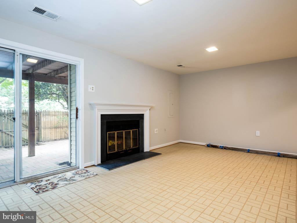 VAFX2000710-800844393120-2021-07-14-20-59-12  |   | Alexandria Delaware Real Estate For Sale | MLS# Vafx2000710  - Best of Northern Virginia