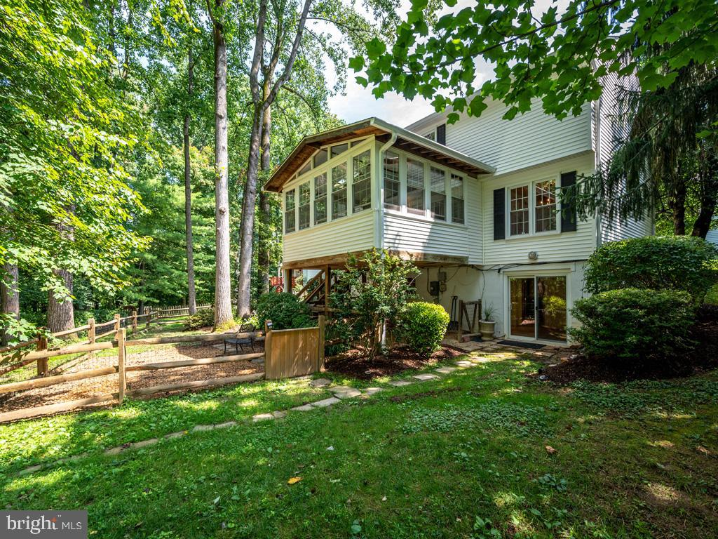 VAFX2004278-800845818734-2021-08-18-08-57-22  |   | Burke Delaware Real Estate For Sale | MLS# Vafx2004278  - Best of Northern Virginia