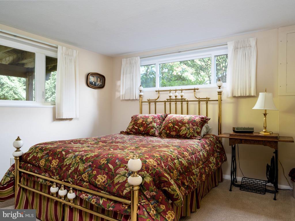 VAFX2006470-800854231080-2021-07-15-06-22-37  |   | Annandale Delaware Real Estate For Sale | MLS# Vafx2006470  - Best of Northern Virginia