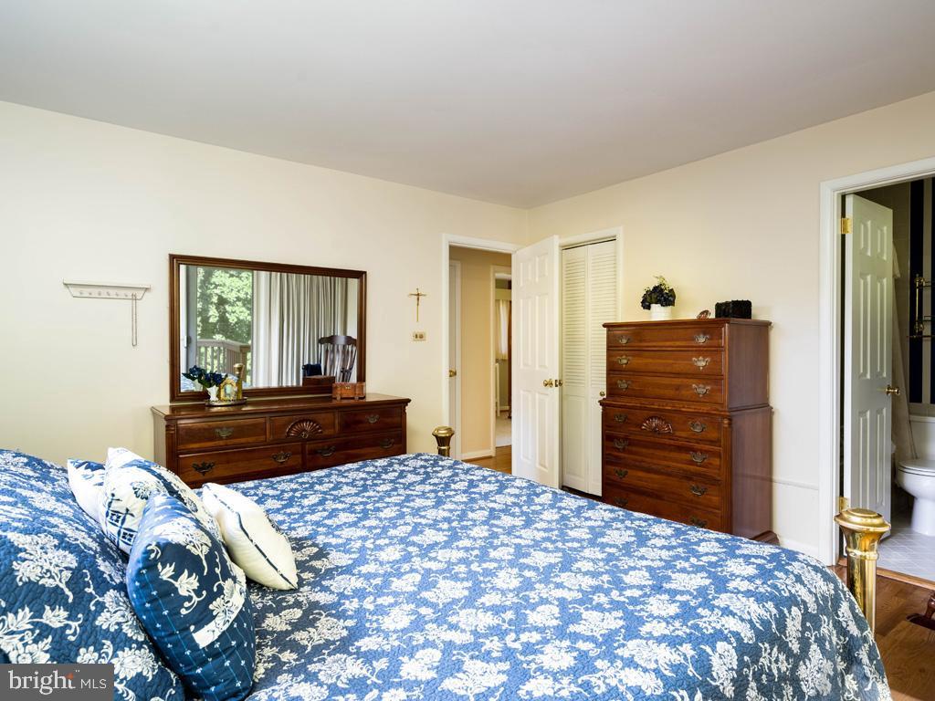 VAFX2006470-800854232098-2021-07-15-06-22-37  |   | Annandale Delaware Real Estate For Sale | MLS# Vafx2006470  - Best of Northern Virginia