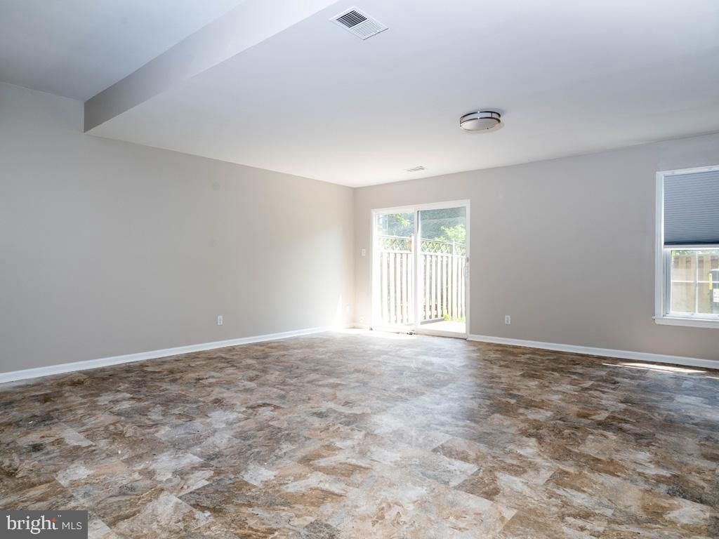 VAFX2015118-800947884344-2021-09-11-09-13-00  |   | Oakton Delaware Real Estate For Sale | MLS# Vafx2015118  - Best of Northern Virginia