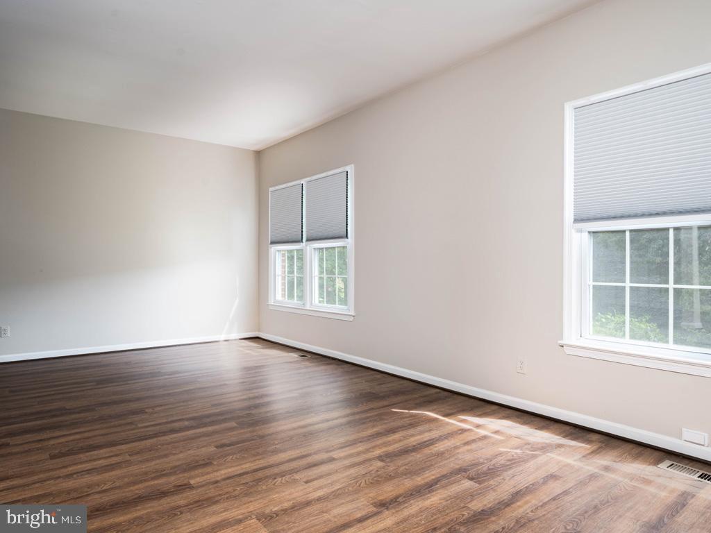 VAFX2015118-800947884374-2021-09-11-09-13-00  |   | Oakton Delaware Real Estate For Sale | MLS# Vafx2015118  - Best of Northern Virginia