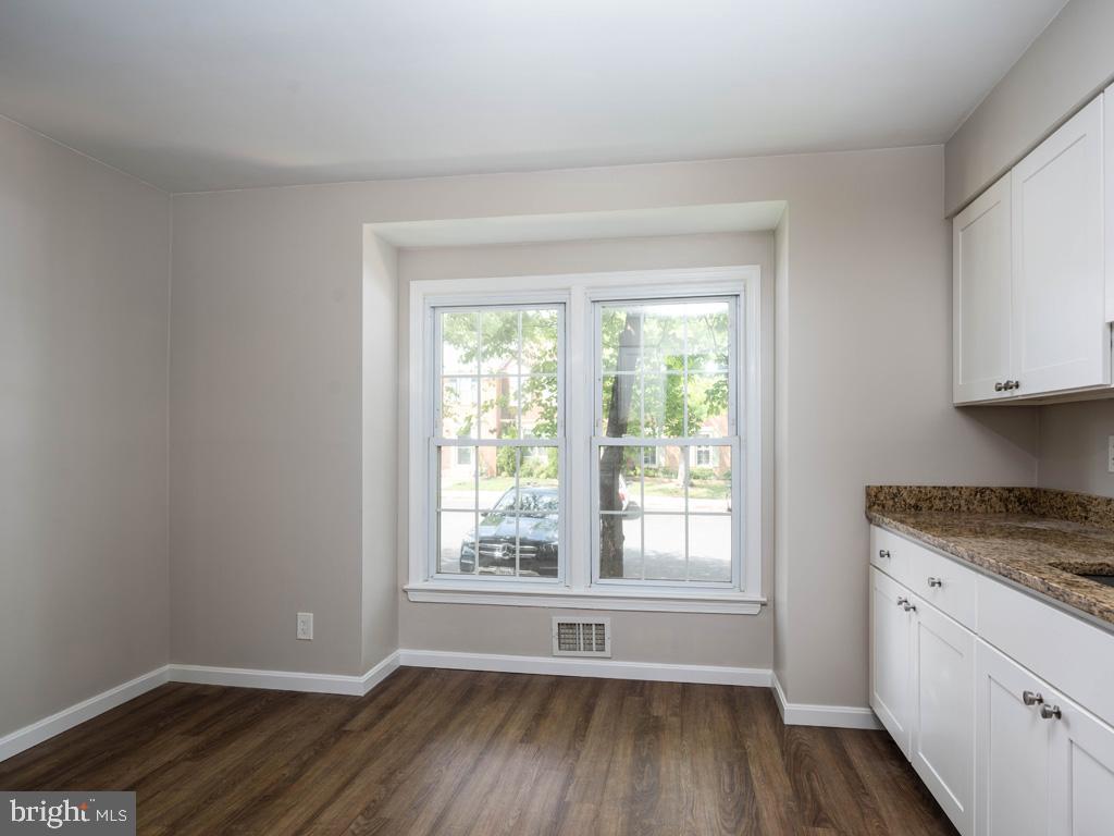 VAFX2015118-800947884382-2021-09-11-09-13-00  |   | Oakton Delaware Real Estate For Sale | MLS# Vafx2015118  - Best of Northern Virginia