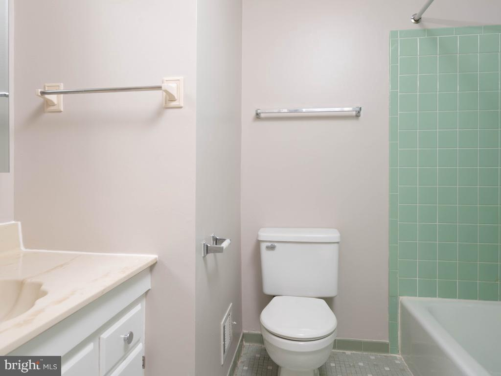 VAFX2015118-800947884398-2021-09-11-09-13-00  |   | Oakton Delaware Real Estate For Sale | MLS# Vafx2015118  - Best of Northern Virginia