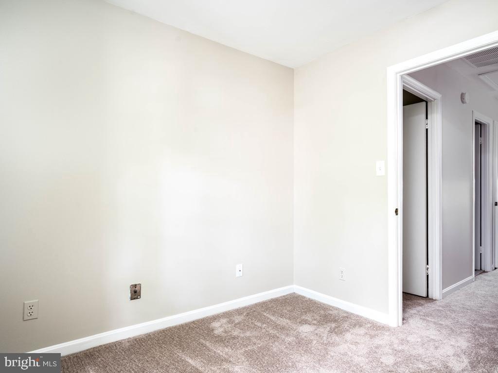 VAFX2015118-800947884420-2021-09-11-09-12-59  |   | Oakton Delaware Real Estate For Sale | MLS# Vafx2015118  - Best of Northern Virginia