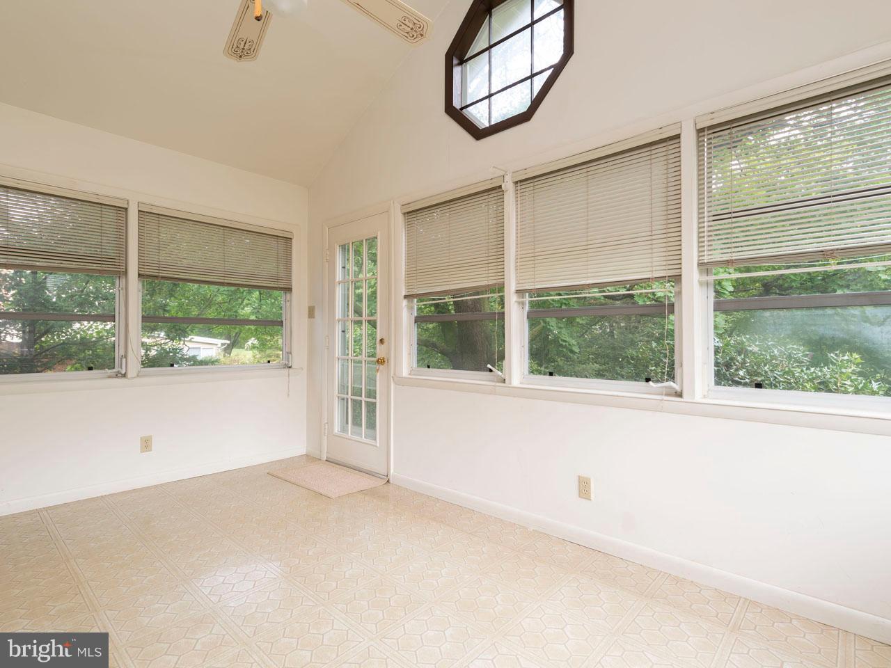 VAFX300106-301103779978-2021-09-05-14-14-30  |   | Alexandria Delaware Real Estate For Sale | MLS# Vafx300106  - Best of Northern Virginia