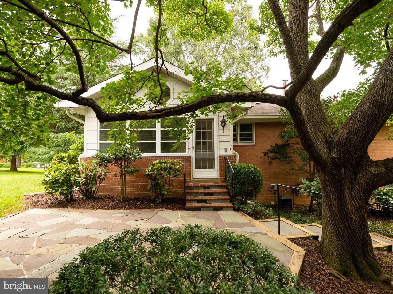 VAFX300106-301103780385-2021-09-05-14-14-29  |   | Alexandria Delaware Real Estate For Sale | MLS# Vafx300106  - Best of Northern Virginia