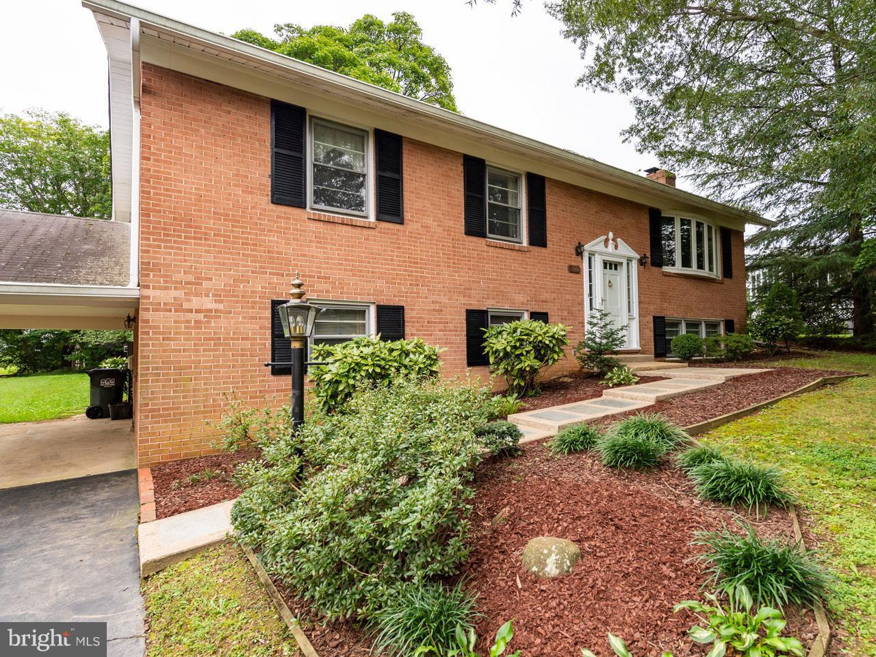 VAFX300106-301103781219-2021-09-05-14-14-29  |   | Alexandria Delaware Real Estate For Sale | MLS# Vafx300106  - Best of Northern Virginia