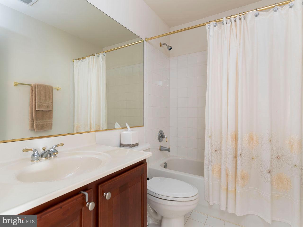 VAFX426100-301143652404-2021-09-05-14-39-04  |   | Chantilly Delaware Real Estate For Sale | MLS# Vafx426100  - Best of Northern Virginia