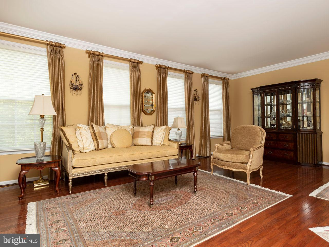 VAFX426100-301143656756-2021-09-05-14-39-04  |   | Chantilly Delaware Real Estate For Sale | MLS# Vafx426100  - Best of Northern Virginia