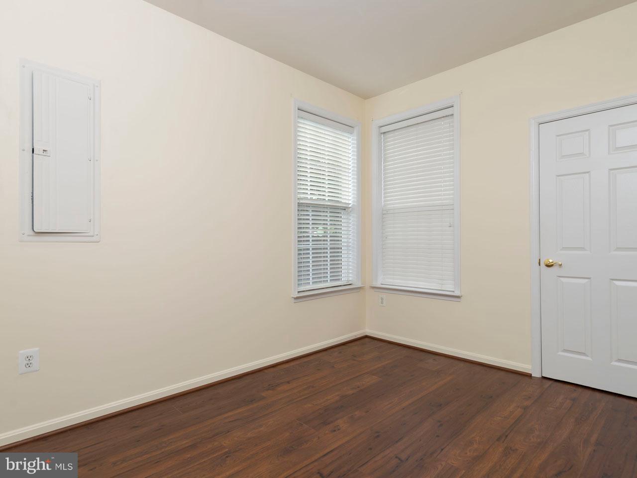 VAFX426100-301143657724-2021-09-05-14-39-04  |   | Chantilly Delaware Real Estate For Sale | MLS# Vafx426100  - Best of Northern Virginia