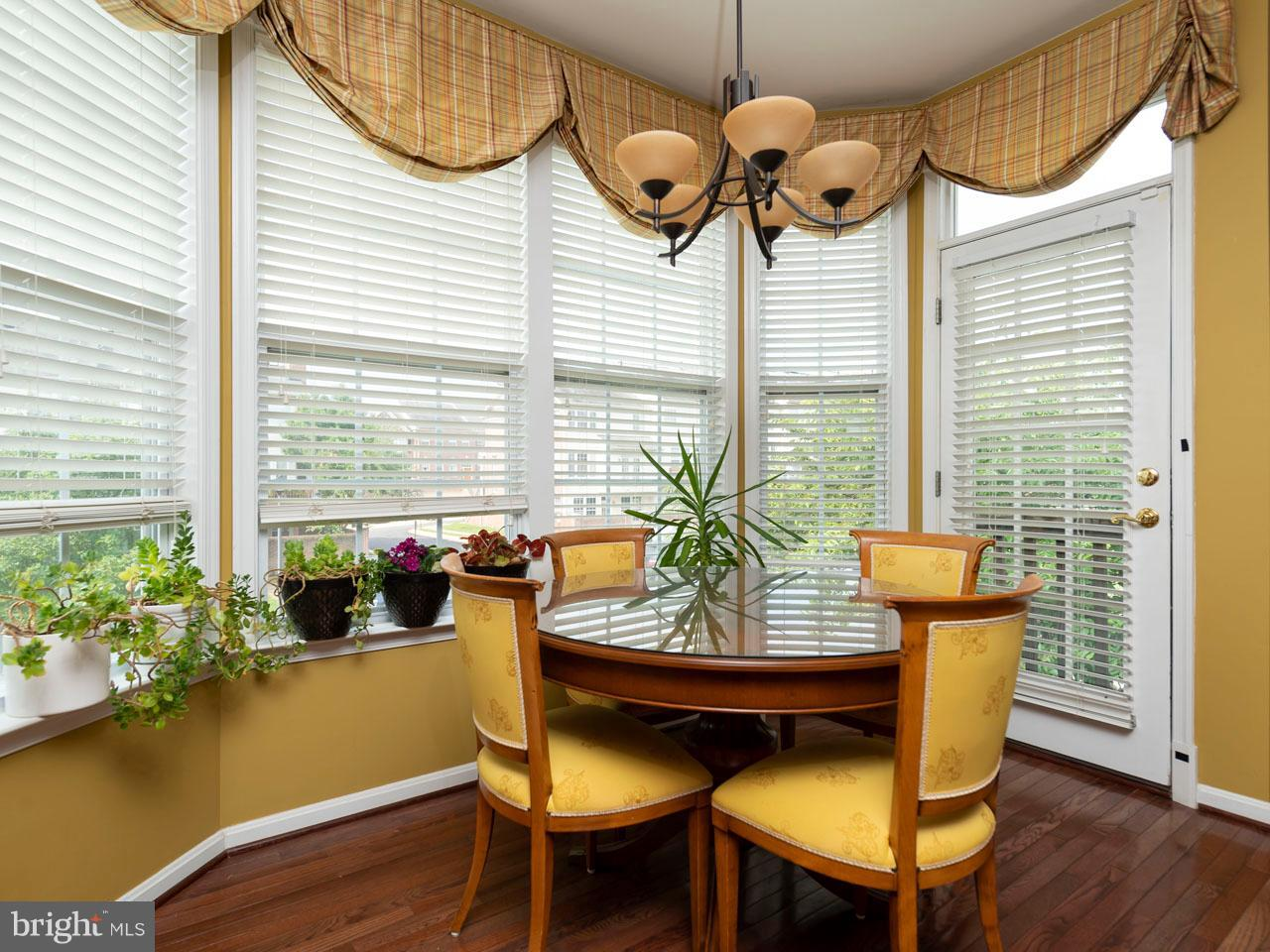 VAFX426100-301143657790-2021-09-05-14-39-04  |   | Chantilly Delaware Real Estate For Sale | MLS# Vafx426100  - Best of Northern Virginia