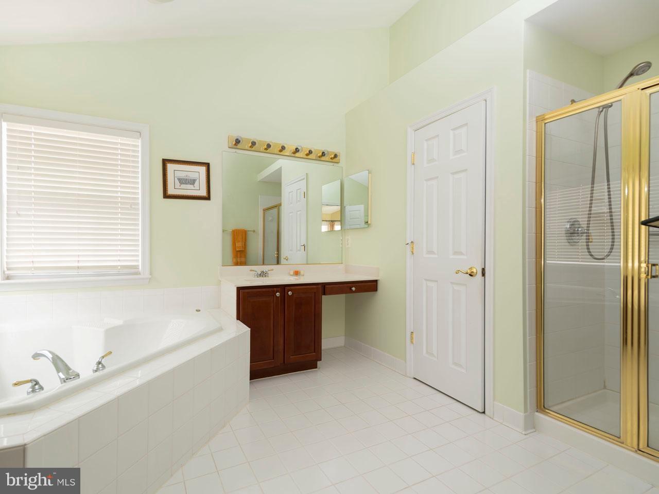 VAFX426100-301143658139-2021-09-05-14-39-03  |   | Chantilly Delaware Real Estate For Sale | MLS# Vafx426100  - Best of Northern Virginia