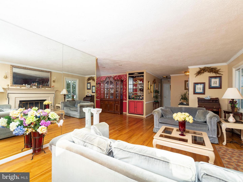 VAFX746888-301300170190-2021-07-17-13-55-51  |   | Alexandria Delaware Real Estate For Sale | MLS# Vafx746888  - Best of Northern Virginia