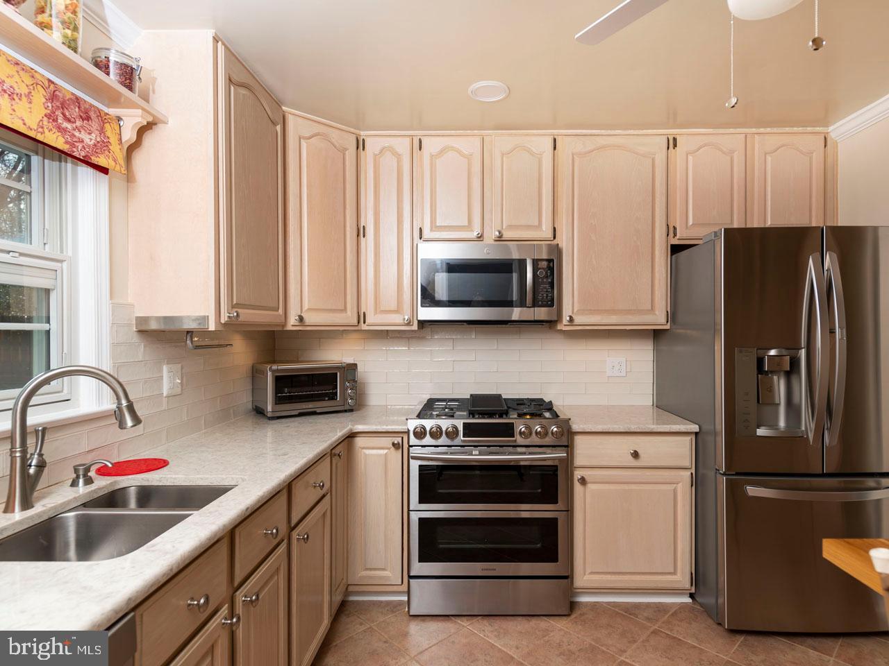 VAFX991554-301452476089-2021-07-17-15-26-49        Annandale Delaware Real Estate For Sale   MLS# Vafx991554  - Best of Northern Virginia