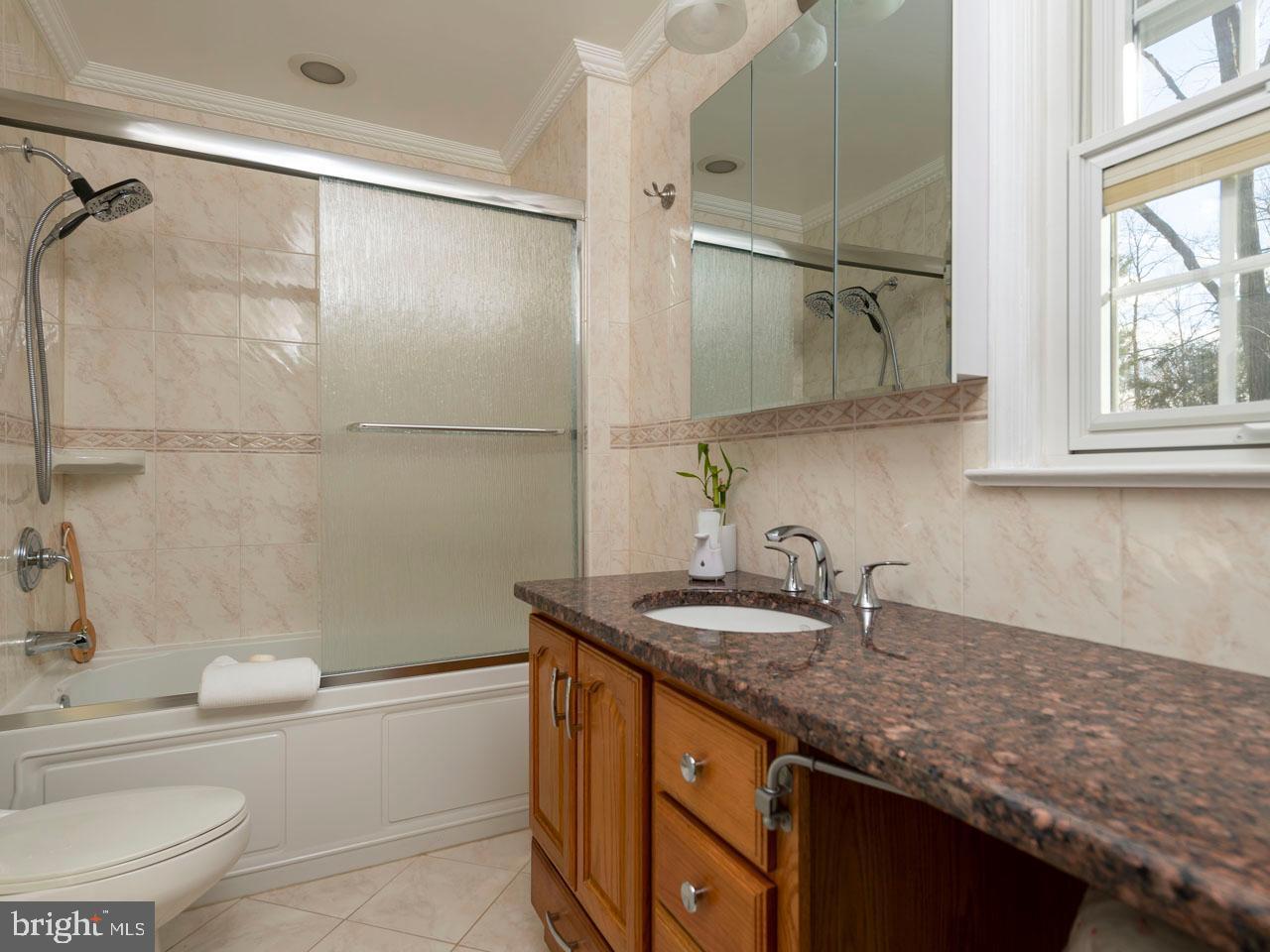VAFX991554-301452476244-2021-07-17-15-26-50        Annandale Delaware Real Estate For Sale   MLS# Vafx991554  - Best of Northern Virginia