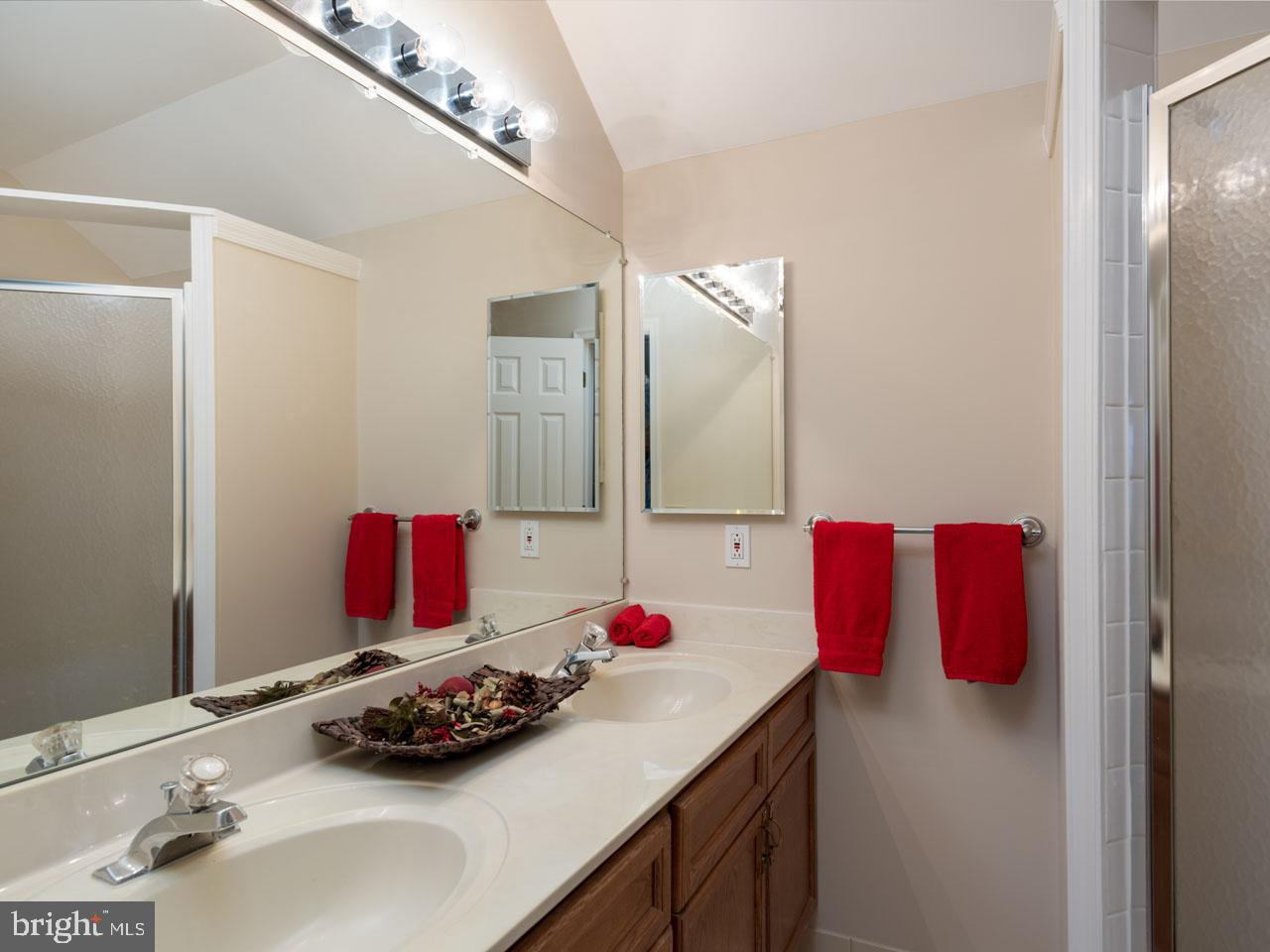 VAFX991644-301501869213-2021-07-17-16-04-12  |   | Alexandria Delaware Real Estate For Sale | MLS# Vafx991644  - Best of Northern Virginia