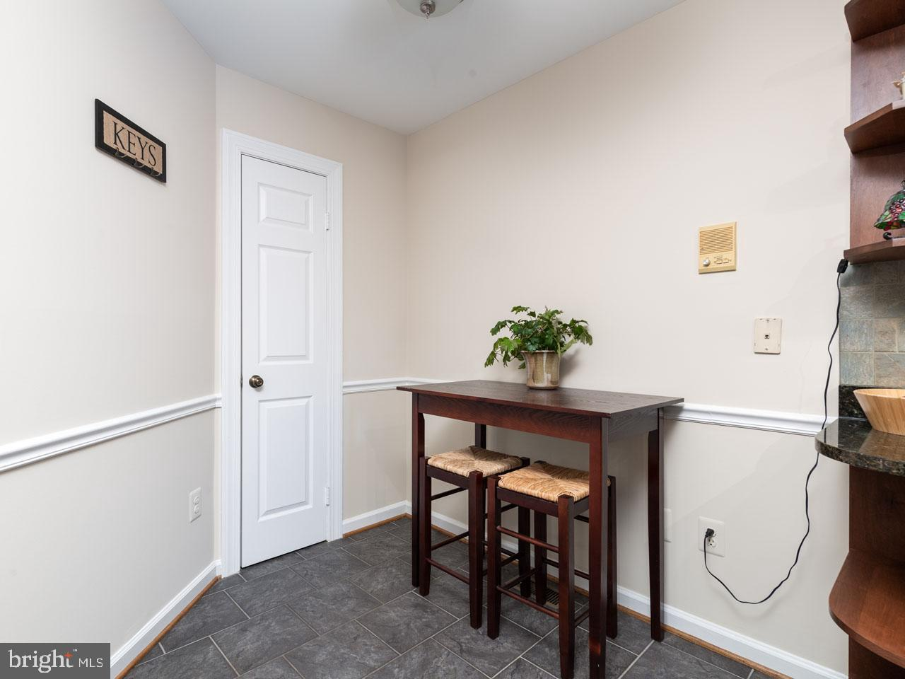 VAFX991644-301501869270-2021-07-17-16-04-12  |   | Alexandria Delaware Real Estate For Sale | MLS# Vafx991644  - Best of Northern Virginia