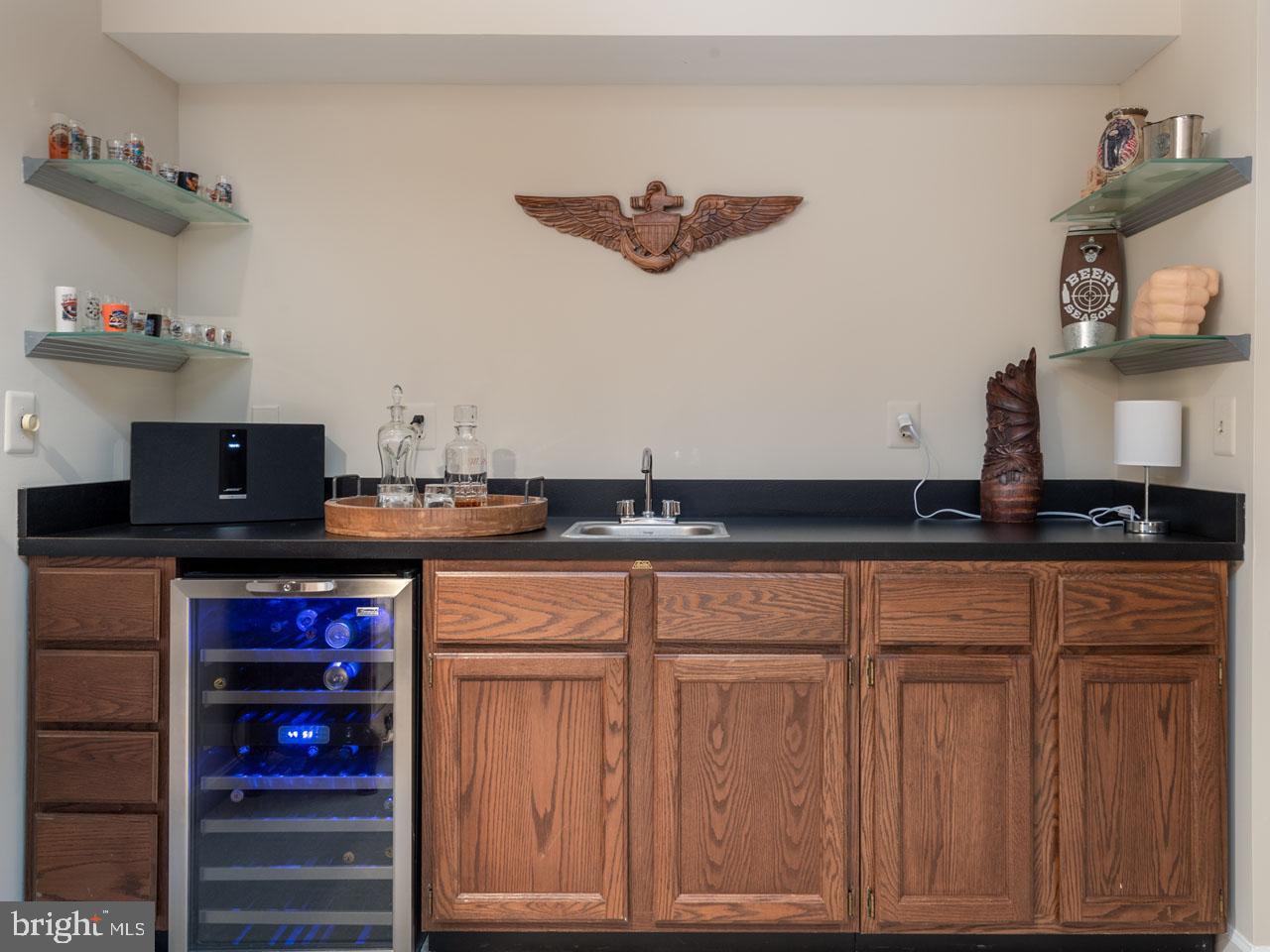VAFX991644-301501869389-2021-07-17-16-04-11  |   | Alexandria Delaware Real Estate For Sale | MLS# Vafx991644  - Best of Northern Virginia