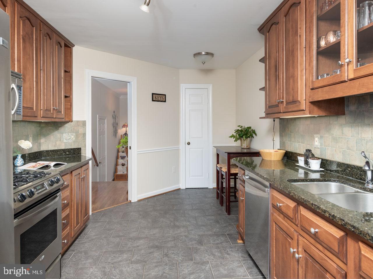 VAFX991644-301501869924-2021-07-17-16-04-11  |   | Alexandria Delaware Real Estate For Sale | MLS# Vafx991644  - Best of Northern Virginia