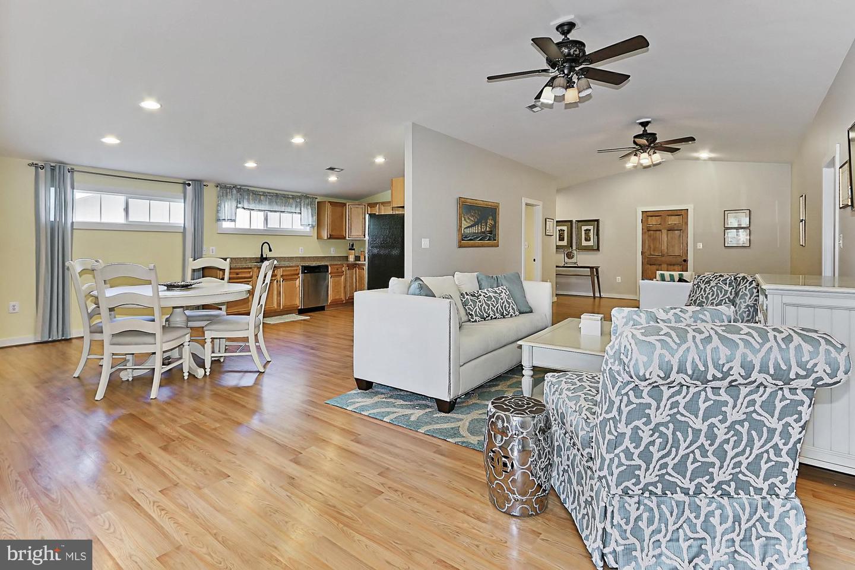 VALO439652-304624267285-2021-07-14-20-32-15        Upperville Delaware Real Estate For Sale   MLS# Valo439652  - Best of Northern Virginia