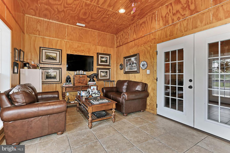 VALO439652-304624267305-2021-07-14-20-32-16        Upperville Delaware Real Estate For Sale   MLS# Valo439652  - Best of Northern Virginia