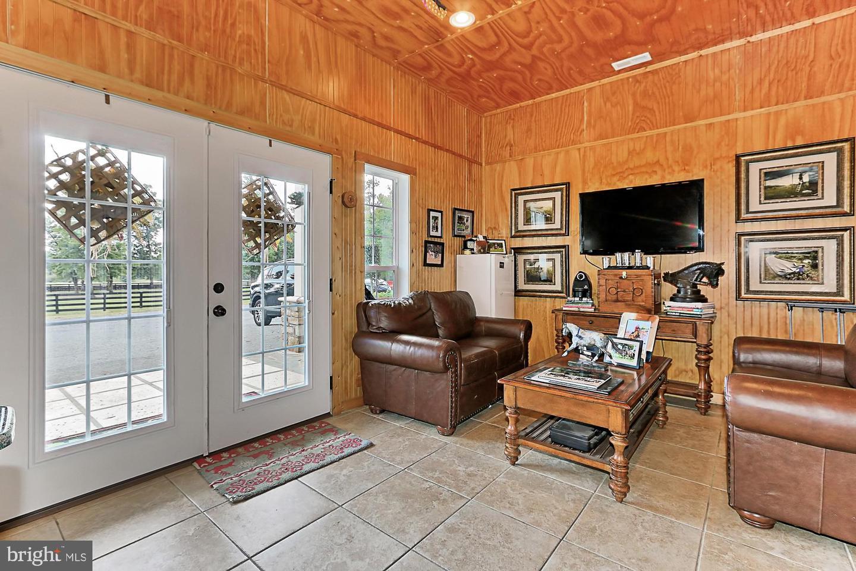 VALO439652-304624267307-2021-07-14-20-32-16        Upperville Delaware Real Estate For Sale   MLS# Valo439652  - Best of Northern Virginia