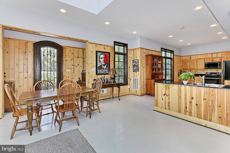 VALO439652-304624267338-2021-07-14-20-32-10        Upperville Delaware Real Estate For Sale   MLS# Valo439652  - Best of Northern Virginia