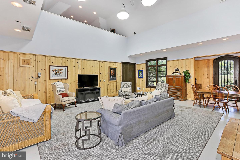 VALO439652-304624267344-2021-07-14-20-32-11        Upperville Delaware Real Estate For Sale   MLS# Valo439652  - Best of Northern Virginia